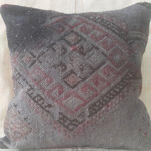 "Kilim Turkish pillow cover 16"" x 16"" NWOT"